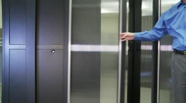 The PolarPlex P2 sliding door available from Polargy accommodates 4- to 9-foot aisles and racks from 42 to 50U.