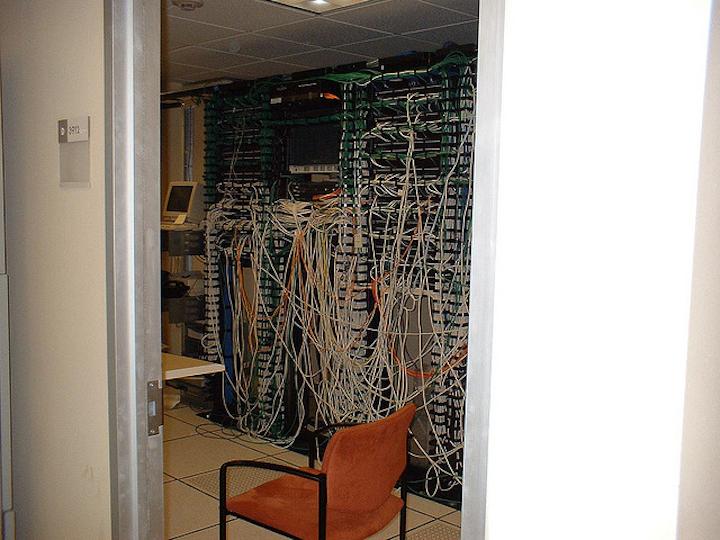 Cabling02