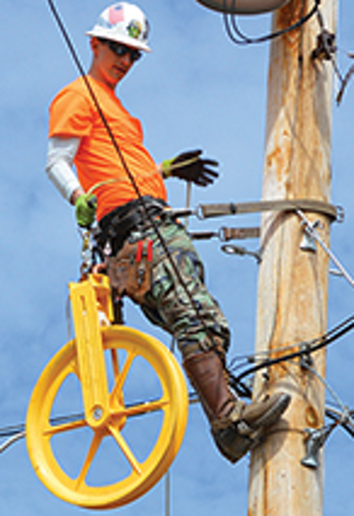 Aerial sheave system eases ADSS fiber-optic cable installation