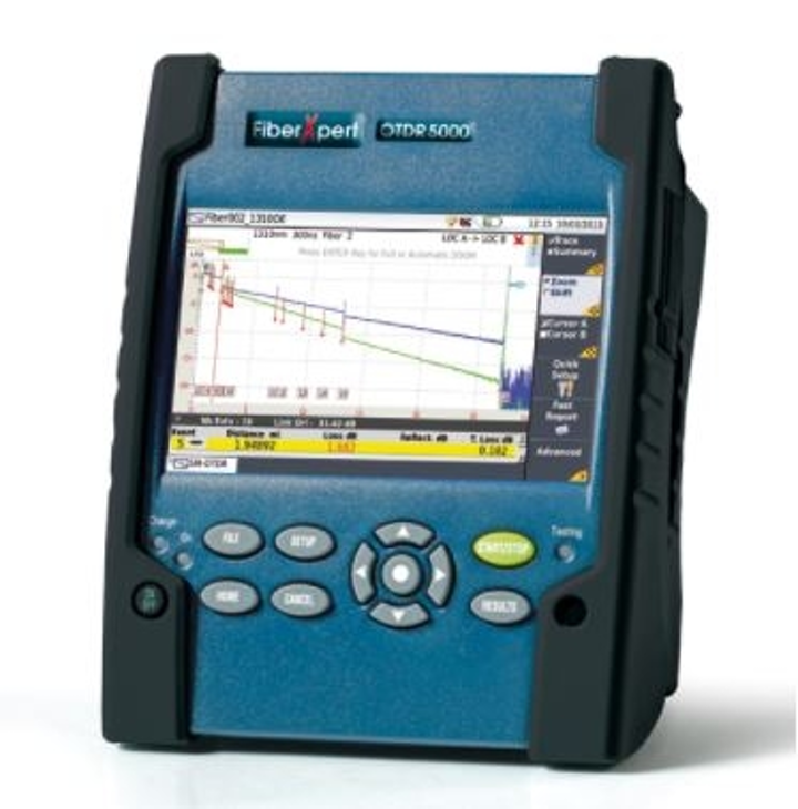 The FiberXpert 5000 OTDR from Softing has a dead zone of 80 centimeters, which makes the tester ideal for short fiber links.