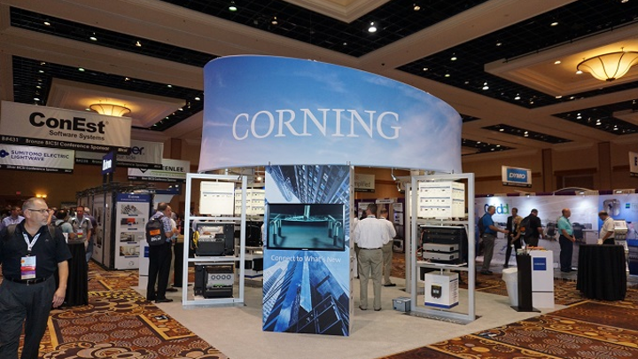 Corning expands optical connectivity lines with new UniCam toolkit, MTP connector technologies