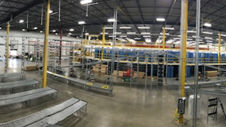 Anixter upgrades flagship Illinois distribution facility to smart building technology