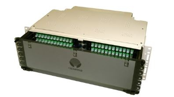 Clearfield's FieldSmart FxMP patch panel is a high-density, low-maintenance fiber distribution panel.