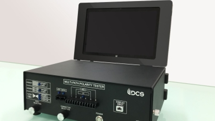 This optical fiber polarity tester solution from Data Center Systems recently was patented. Data Center Systems uses the solution to conduct polarity testing of MPO/MTP cable assemblies prior to QC testing.