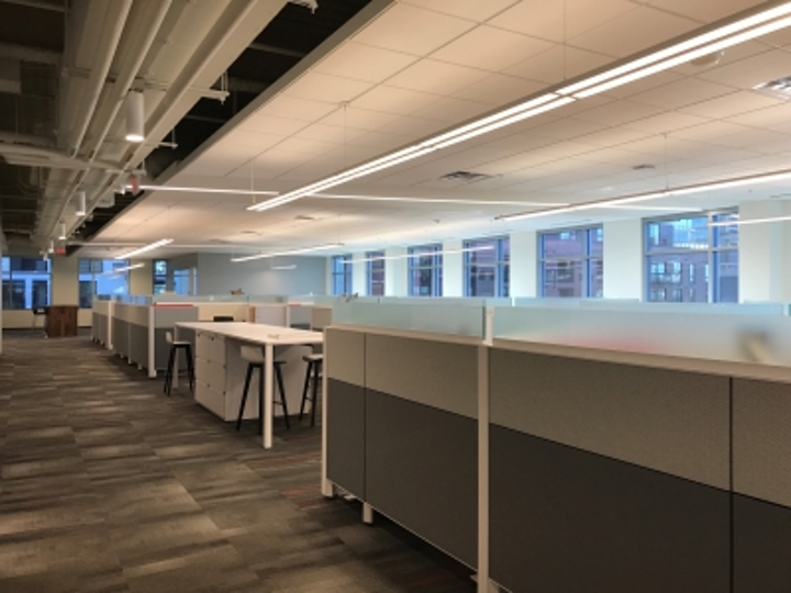 Kraus-Anderson's VP of information technology, Mike Benz, pointed out that the headquarters' open ceiling architecture makes the discreet nature of a passive optical LAN attractive.