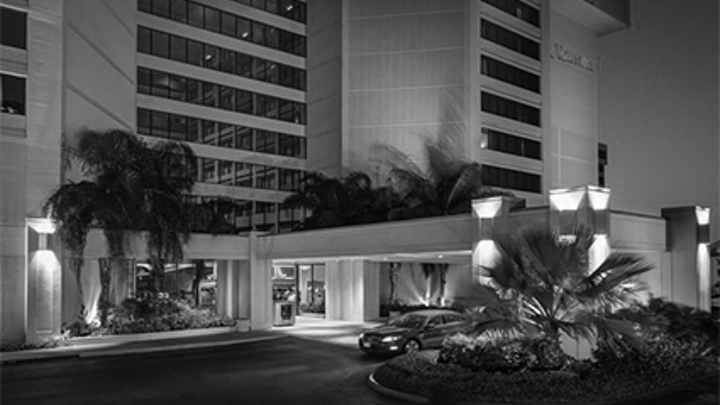 Watch Corning Optical conduct a fiber-to-the-room deployment at a Courtyard Marriott hotel