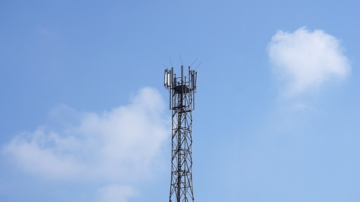 Content Dam Cim En Articles Pt 2018 12 Fcc Tips In Favor Of Service Providers On Small Cell Wireless Projects Leftcolumn Article Thumbnailimage File