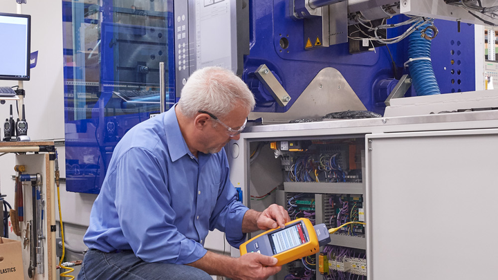 Users of Fluke Networks' DSX CableAnalyzer now can use an adapter to test M12-X connector-terminated cabling links.