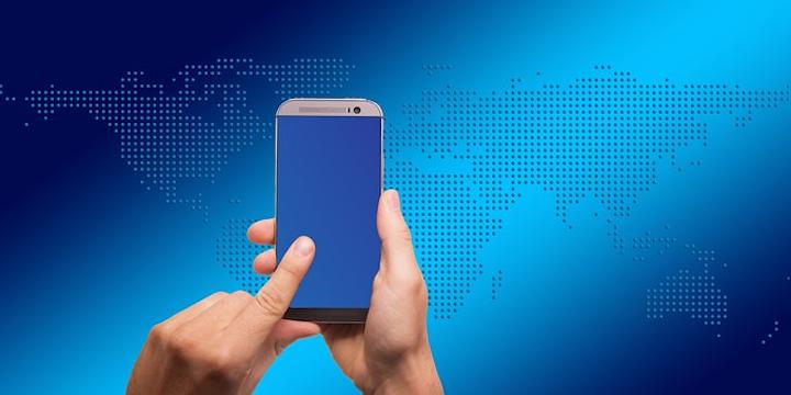 Smartphone 695164 340 Pixabay